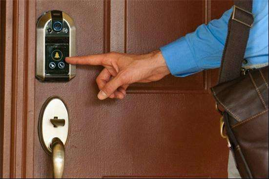 青岛换锁公司电话